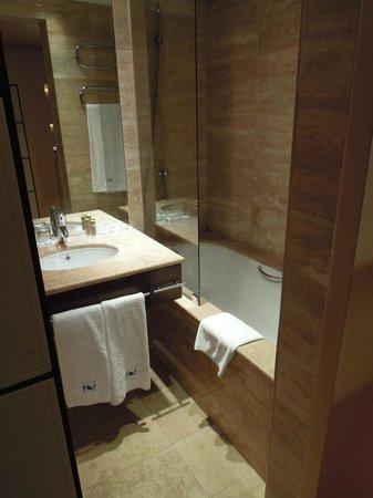 Eurostars Budapest Center Hotel: 614房間浴室