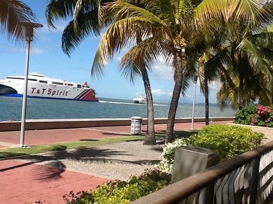 Hyatt Regency Trinidad : from the terrace having lunch.