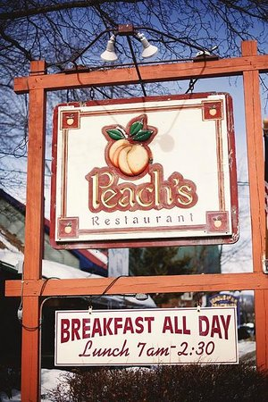 Peach's: Outdoor Sign
