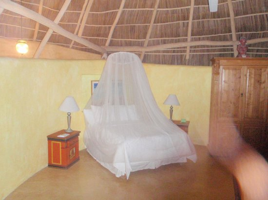 Villa Amor : Open air room with bug netting