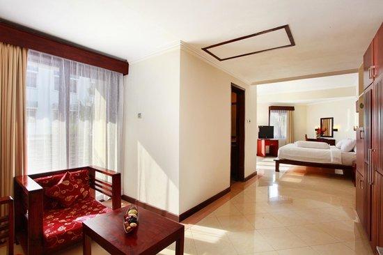 Grand Inna Kuta : Deluxe Suite Bali Wing