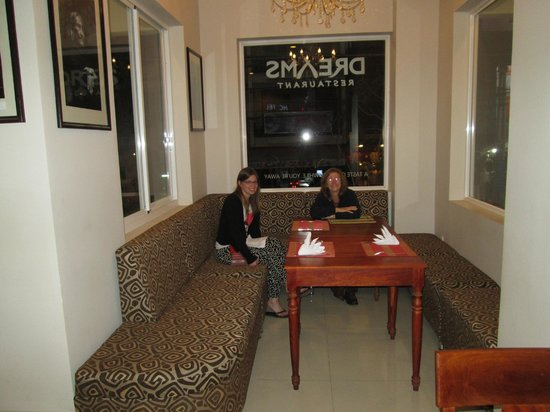 Dreams Hotel: Restaurant