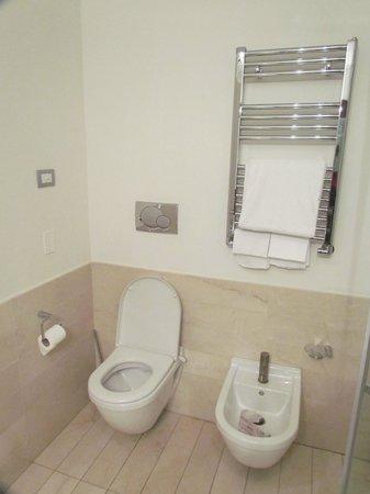 Abitalia Tower Plaza : toilet
