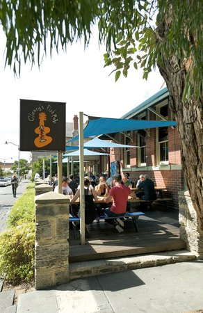 Clancy's Fish Pub Fremantle: Clancy's A Great Freo Institution!