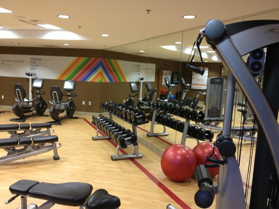 B Ocean Resort Fort Lauderdale : Gym