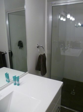 Barmera Country Club: Large shower