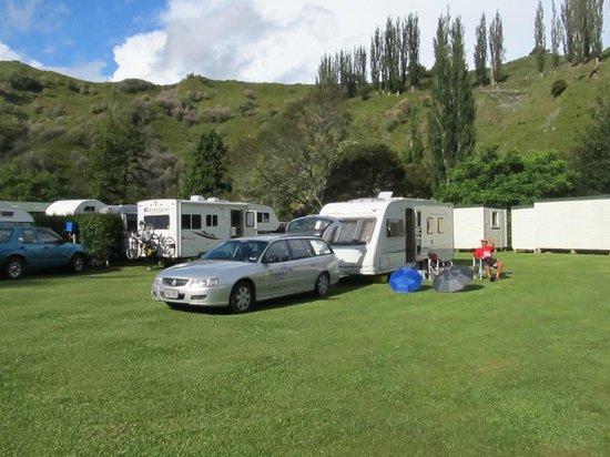 Whangamomona Campground: Campground guests