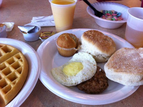 Country Inn & Suites By Carlson Orlando-Maingate at Calypso: Cafe