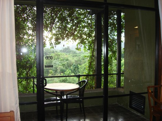 Heritance Kandalama: view of the forest from the room