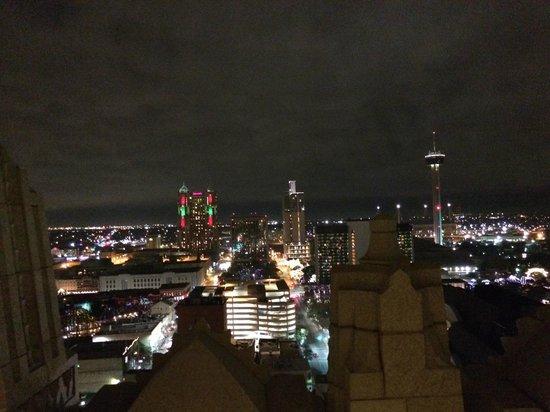 Drury Plaza Hotel San Antonio Riverwalk: View from our room