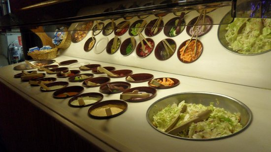 Hungrys North: Our fresh salad bar