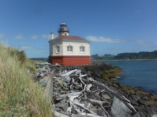 Coquille River Lighthouse : Coquille Lighthouse