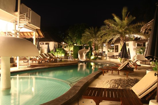 Lazy Day's Samui Beach Resort : pool