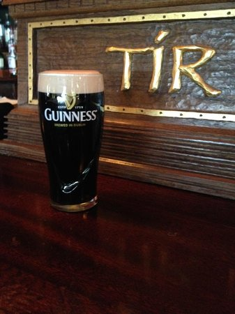 Tir Na Nog Irish Bar & Grill - Baltimore: Now is a good time for a Guinness