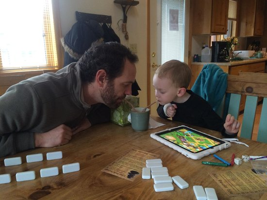 Rams Horn Village Resort : Family Getaway - Sharing cocoa w/daddy while playing games