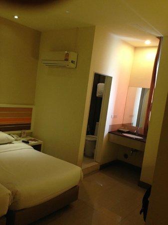 Imm Hotel Thaphae Chiang Mai: Stanza