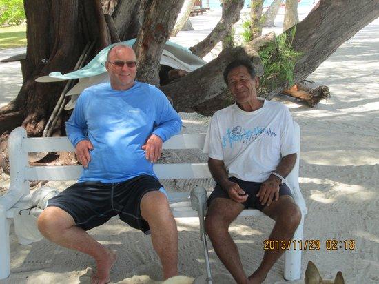 Bora Bora Fishing Paradise Lodge : Daniel Et le propriétaire du motu
