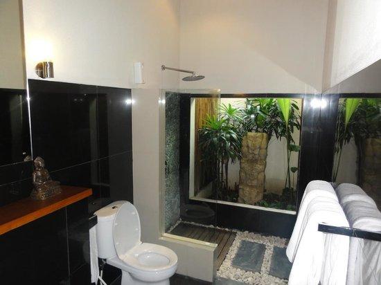 Villa Besar: 4B Villa - 5 Star Bathroom