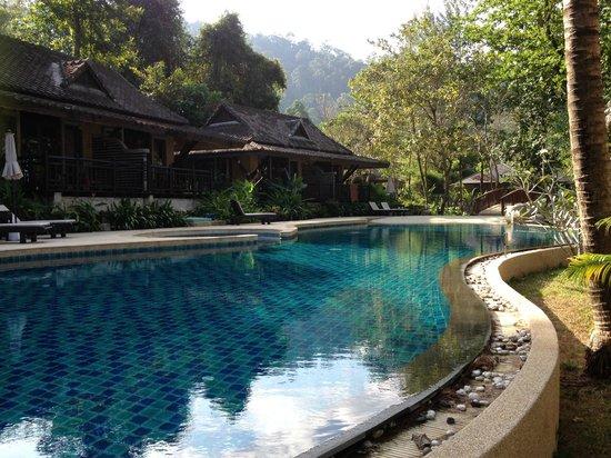 Moracea by Khao Lak Resort : Piscine