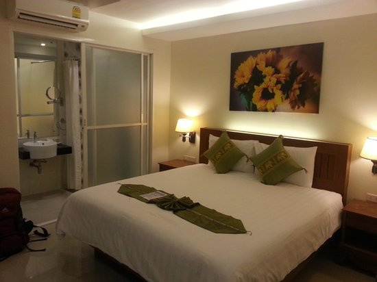 Patong Terrace Boutique Hotel: Zimmer