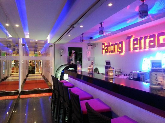 Patong Terrace Boutique Hotel: Eingangsbereich