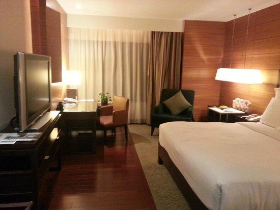 JW Marriott Hotel Bangkok: Nice decor in room