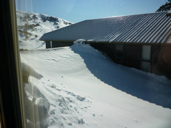 Snow drift back of Pygmy Possum lodge