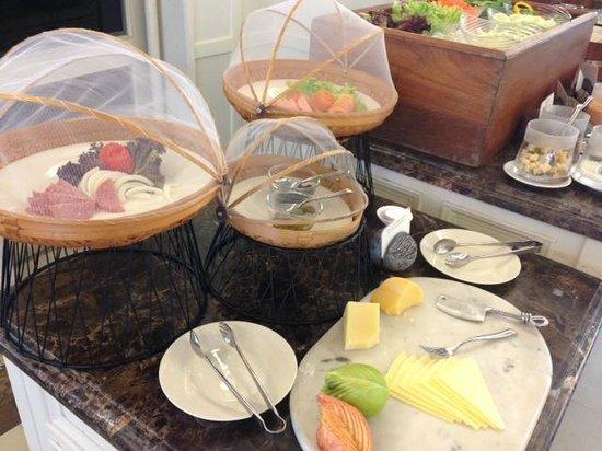 Rest Detail Hotel Hua Hin: สลัดและชีสอร่อยมากๆ