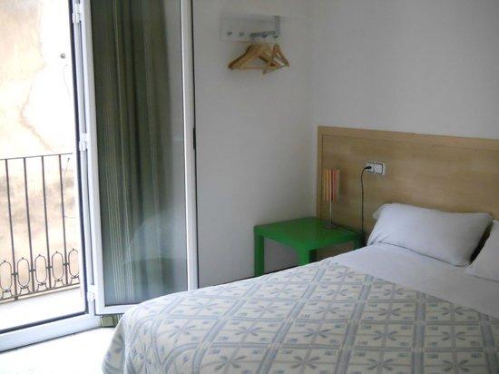 Hostal River: Habitacion doble con balcon