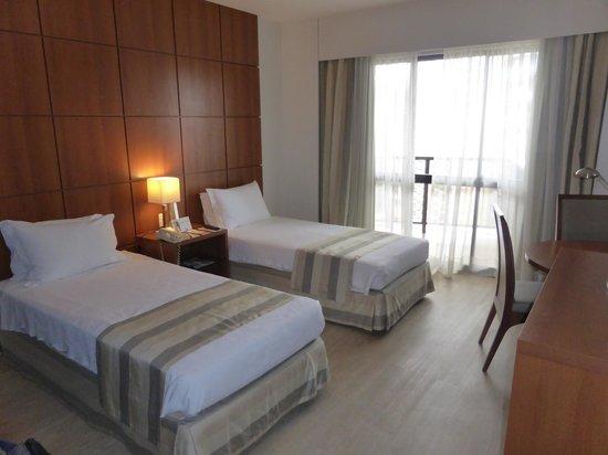 Kubitschek Plaza Hotel: Habitación