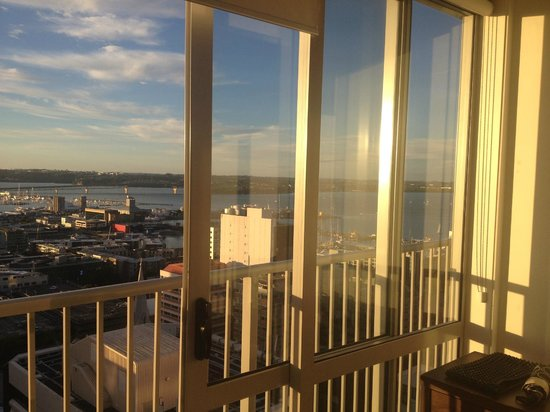 Barclay Suites Auckland: View from Bedroom
