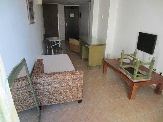 Apartamentos Gema Aguamarina Golf: Gerümpel im Apartment 101