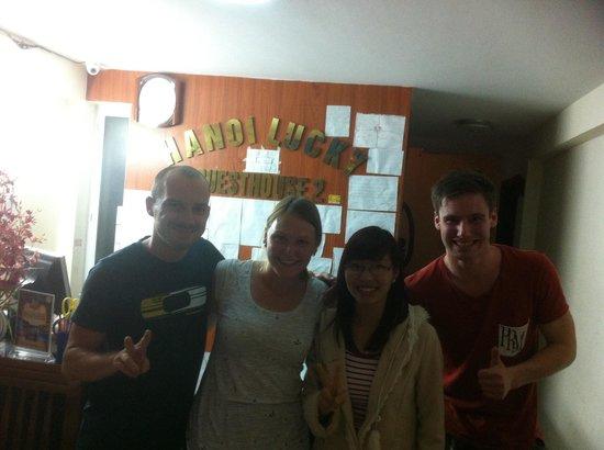 Hanoi Lucky Guesthouse : Tam den gladaste personalen och ett annat par och jag