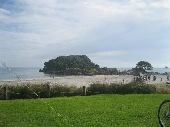 Maunganui Beach: Beach View