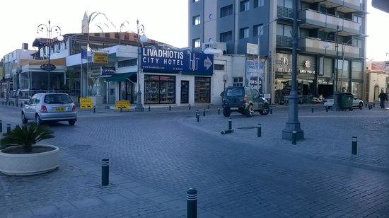 Livadhiotis City Hotel: come arrivare all'hotel dal lungomare