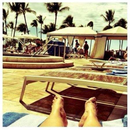 Grand Wailea - A Waldorf Astoria Resort: At the pool