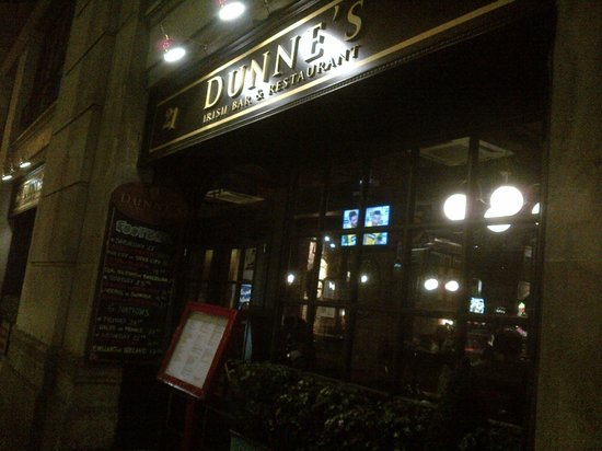 Dunnes Irish Bar Barcelona : Outside view