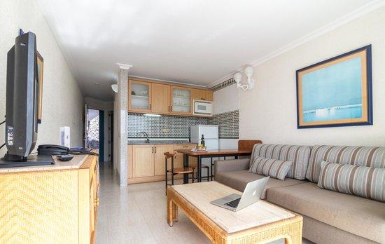 Apartamentos Fariones: Apartamento