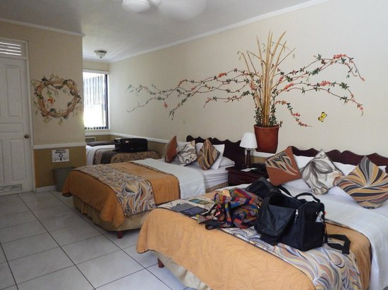 Adventure Inn : Our room