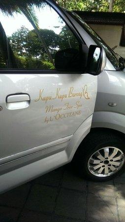 Kupu Kupu Barong Villas and Tree Spa: 20 min shuttle service