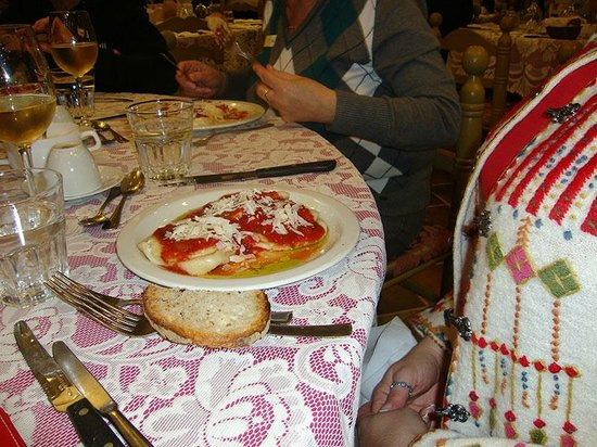 Ta'Marija: Pasta with tomato