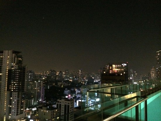 Hilton Sukhumvit Bangkok: View from the pool