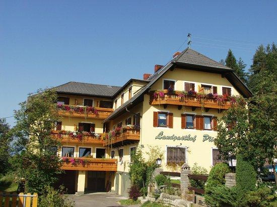 Landgasthof Ploeschenberg: Erlich gelebte Kärntner Wirtshauskultur am Berg