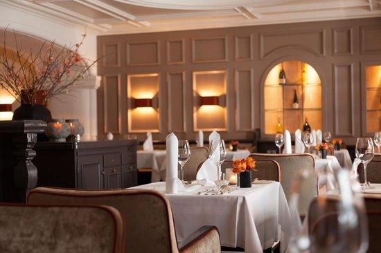 Hotel Bachmair Weissach : euro-asian Restaurant Laulenzi