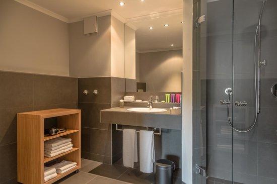 Hotel Bachmair Weissach : Bathroom