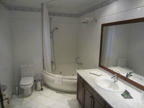 Hotel Las Aguilas : Badezimmer