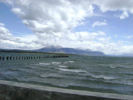 Chalet Chapital Hotel: Seno Última  Esperanza, un brazo del Pacífico en Puerto Natales