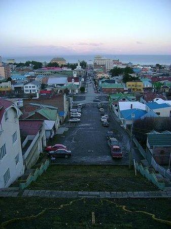 Chalet Chapital Hotel: Vista general de Punta Arenas, desde uno de los cerros