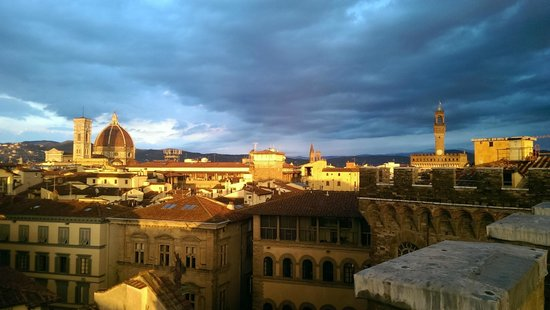 Antica Torre di Via Tornabuoni: View from the amazong roof terrace