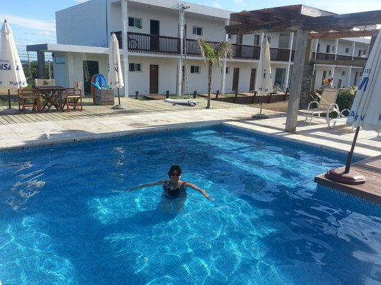 Zen Boutique Apart Hotel: la piscina